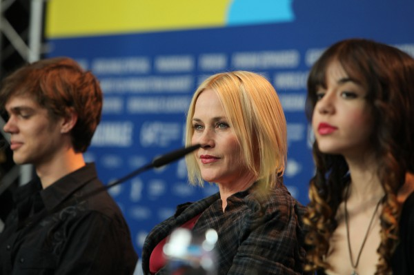 "Patricia Arquette (""Lost Highway"", center) at the Berlinale on 13 February 2014. Arquette presented the film ""Boyhood"" of Richard Linklater, in which she embodies the character of mother Olivia. To her left Ellar Coltrane, to her right Lorelei Linklater."